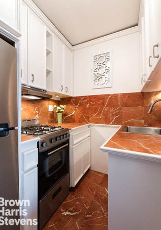 399 East 72nd Street 14J, Upper East Side, NYC, $485,000, Web #: 19461911
