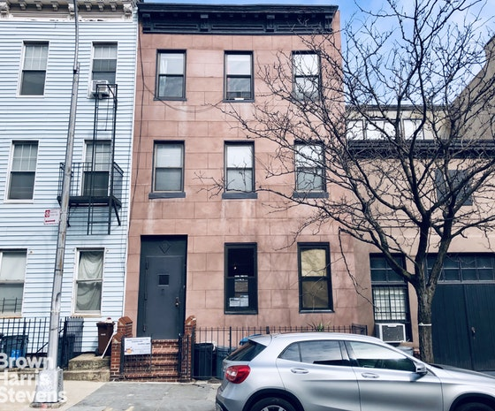 15 4th Street B, Brooklyn, New York, $1,800, Web #: 19465797