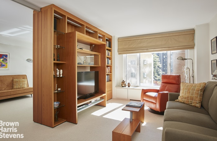 1050 Fifth Avenue 7F, Upper East Side, NYC, $3,475,000, Web #: 19492494