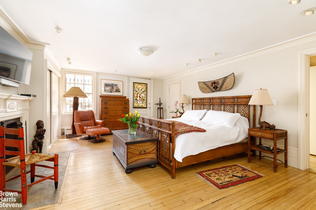 216 East 18th Street, Gramercy Park, NYC, $8,970,000, Web #: 19504973