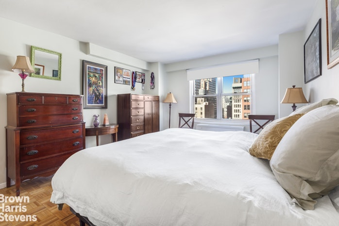 142 East 16th Street 15Gh, East Village, NYC, $1,565,000, Web #: 19512138