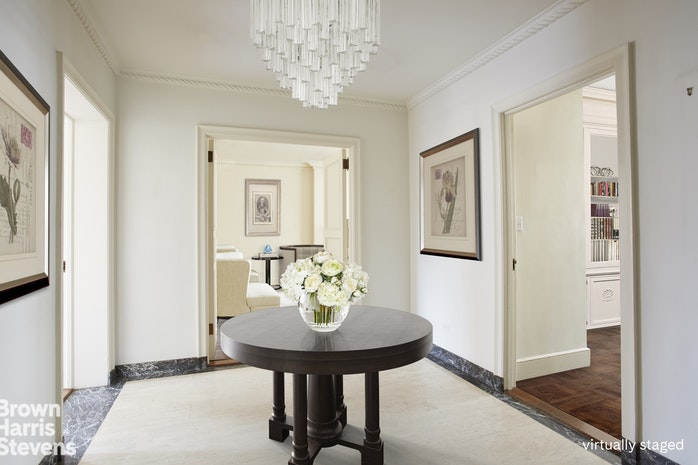 116 East 68th Street 10B, Upper East Side, NYC, $1,712,500, Web #: 19550538