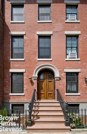 426 Waverly Avenue Th, Brooklyn, New York, $7,250, Web #: 19604026