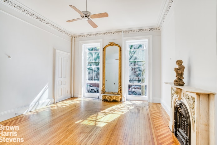 453 West 21st Street Parlor, Greenwich Village/Chelsea, NYC, $6,500, Web #: 19658813