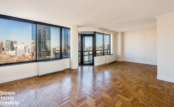 418 East 59th Street 26A, Midtown East, NYC, $6,000, Web #: 19734894