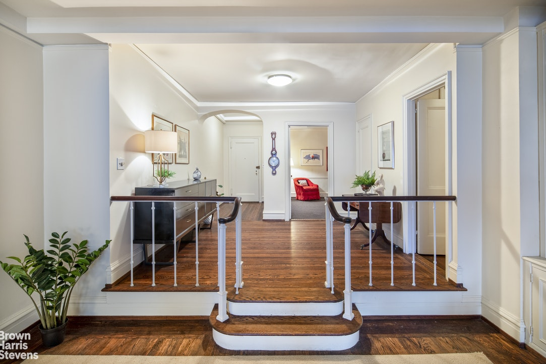 180 East 79th Street 6C, Upper East Side, NYC, $1,995,000, Web #: 19789238