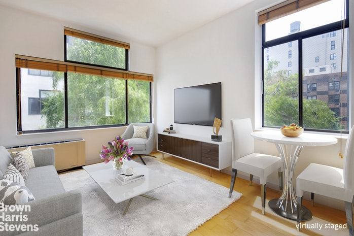 77 Bleecker Street 511, Greenwich Village, NYC, $560,000, Web #: 19791797