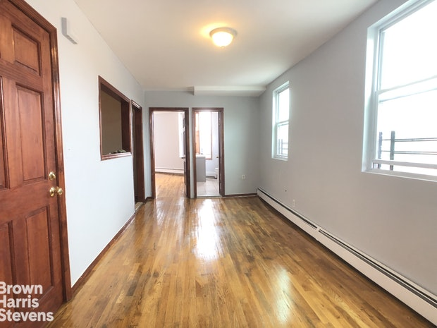 261 Rockaway Avenue 2, Brooklyn, New York, $2,000, Web #: 19802514