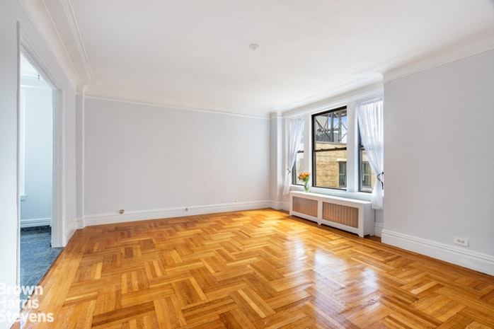 365 West End Avenue 13E, Upper West Side, NYC, $4,000, Web #: 19823518