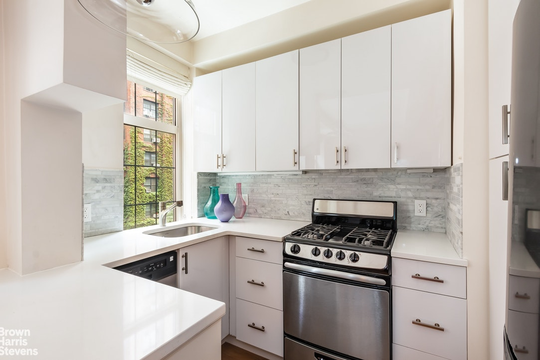 465 West 23rd Street 5h, Chelsea, NYC, 10011, $625,000, Property For Sale, Halstead Real Estate, Photo 1