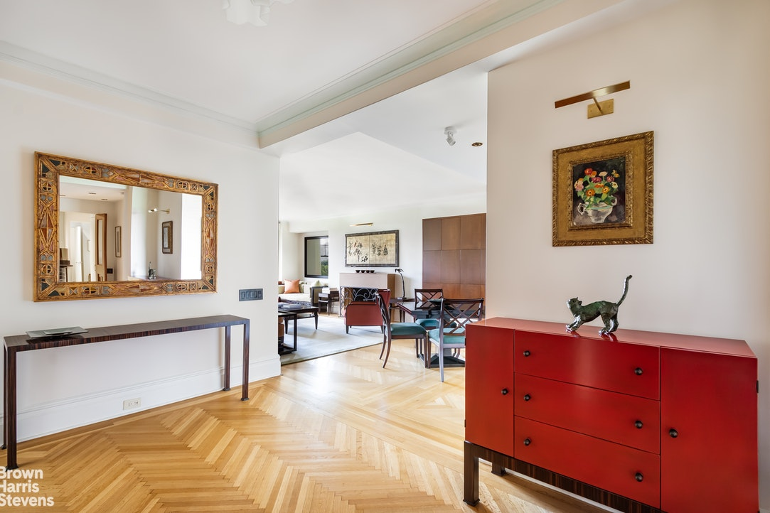 965 Fifth Avenue 10A, Upper East Side, NYC, $3,825,000, Web #: 19847030
