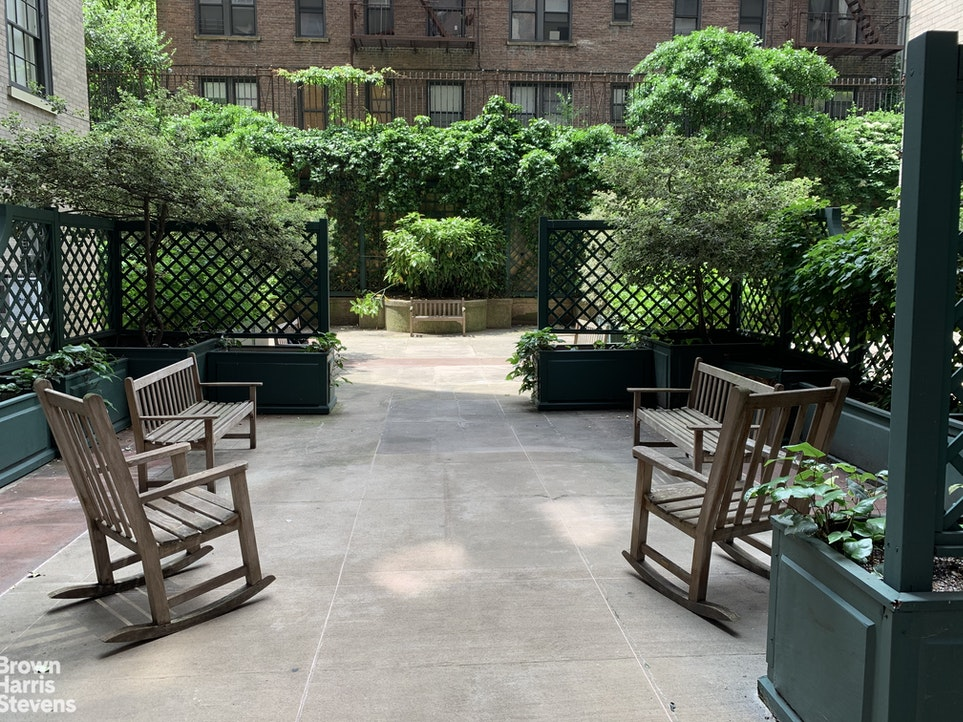 530 East 86th Street 10A, Upper East Side, NYC, $3,695,000, Web #: 19913210
