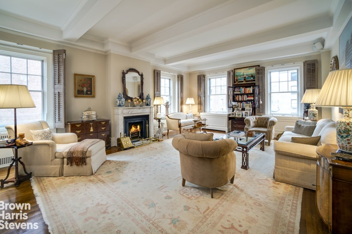 969 Park Avenue 9B, Upper East Side, NYC, $2,500,000, Web #: 19916857