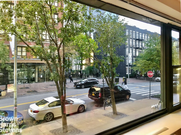 520 East 72nd Street 2B, Upper East Side, NYC, $450,000, Web #: 19922658