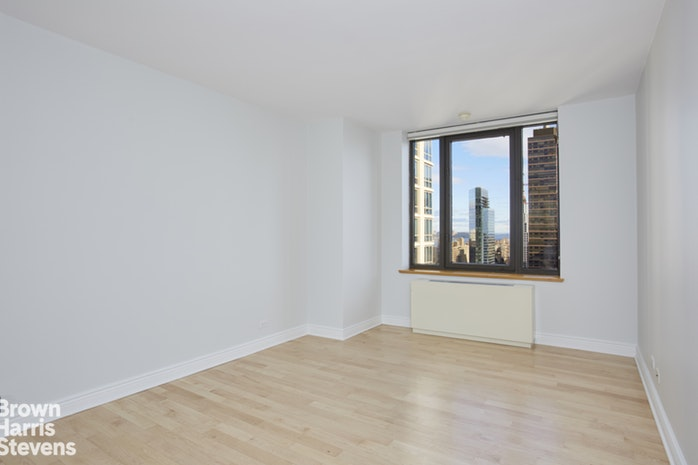 161 West 61st Street 34C, Upper West Side, NYC, $1,800,000, Web #: 19923144
