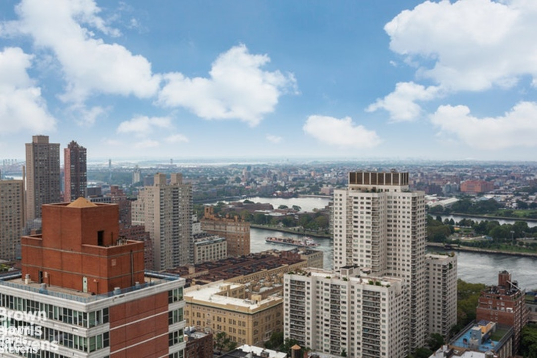 330 East 75th Street 25Bc, Upper East Side, NYC, $3,398,000, Web #: 19927059