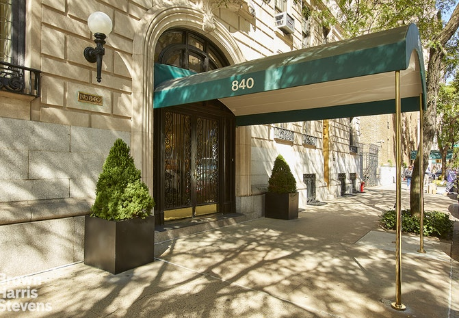 840 Park Avenue 5/6A, Upper East Side, NYC, $8,950,000, Web #: 19928052
