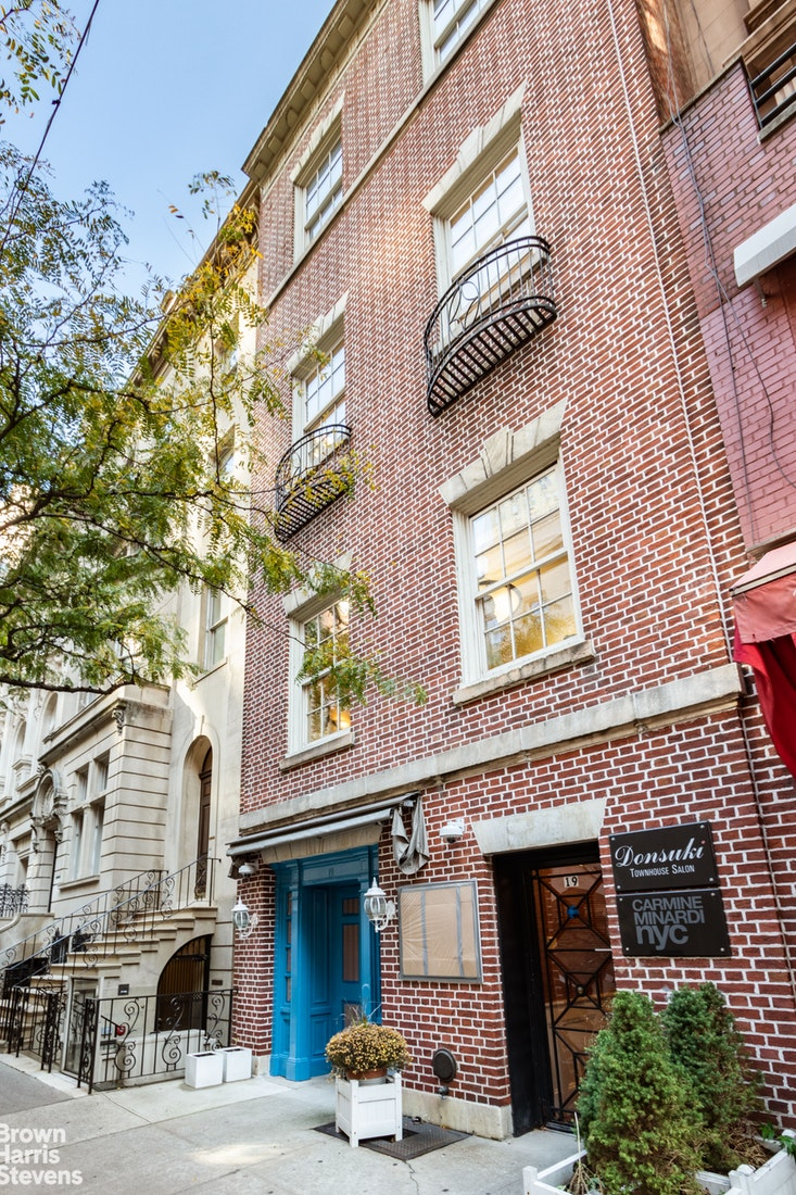 19 East 62nd Street 3/4, Upper East Side, NYC, $16,500, Web #: 19930250