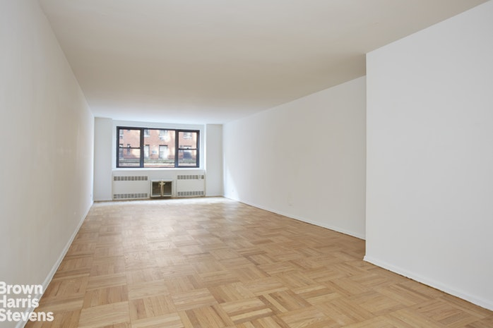 315 East 72nd Street 6E, Upper East Side, NYC, $1,395,000, Web #: 19951803