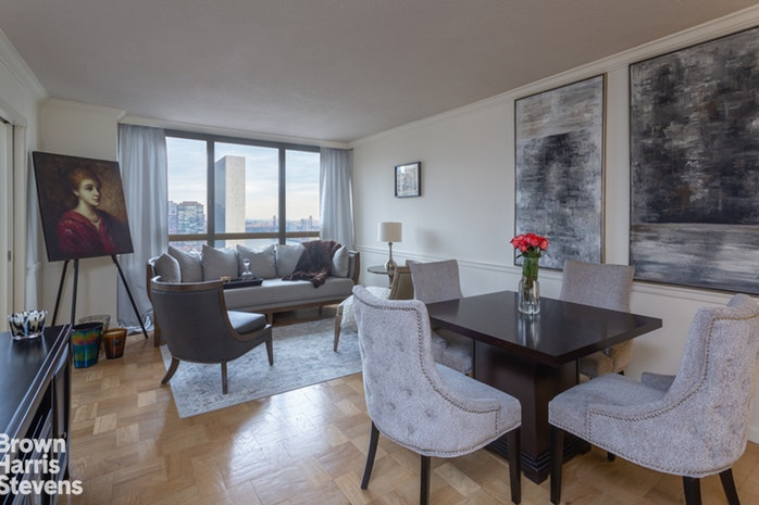 630 First Avenue 34M, Midtown East, NYC, $1,120,000, Web #: 19967069