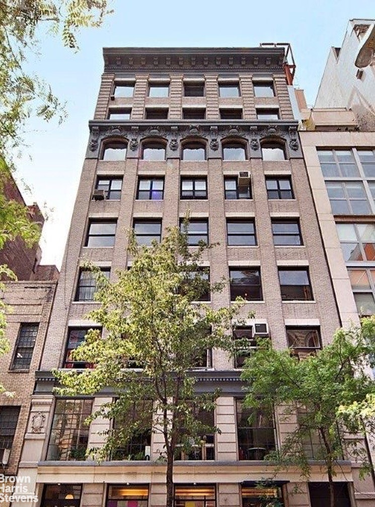 130 West 17th Street 4S, Chelsea, NYC, $1,175,000, Web #: 19993298