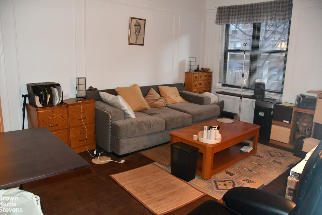 321 East 54th Street 2A, Midtown East, NYC, $515,000, Web #: 19997817