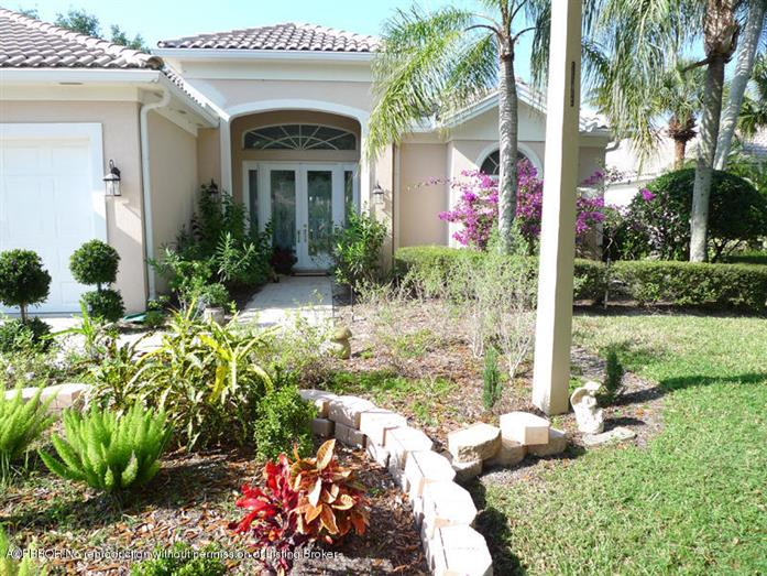 1641 Flagler Manor Circle, West Palm Beach, Florida, $675,000, Web #: 2000006932