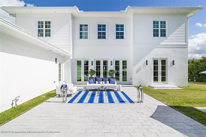 7919 Flagler Court, West Palm Beach, Florida, $1,795,000, Web #: 2000109040