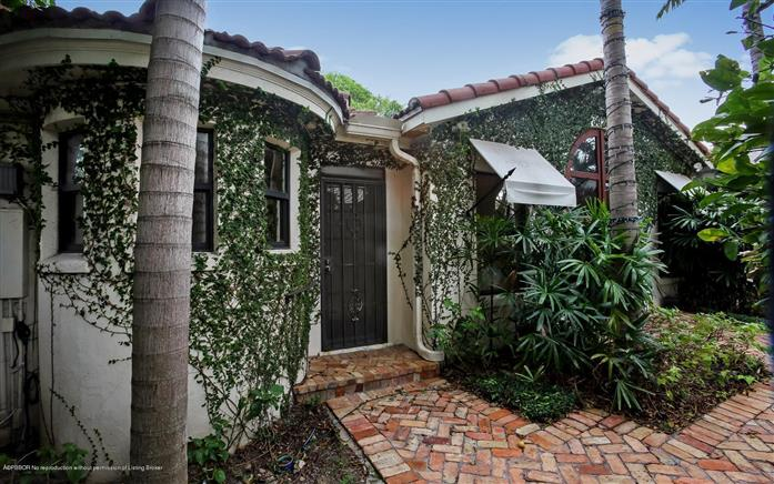 3020 Dixie Hwy, West Palm Beach, Florida, $1,495,000, Web #: 2000135734