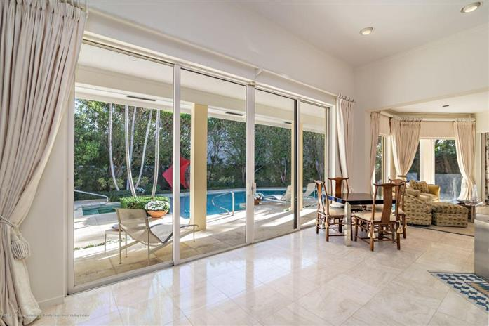 20 Sloans Curve Drive, Palm Beach, Florida, $2,595,000, Web #: 2000137640