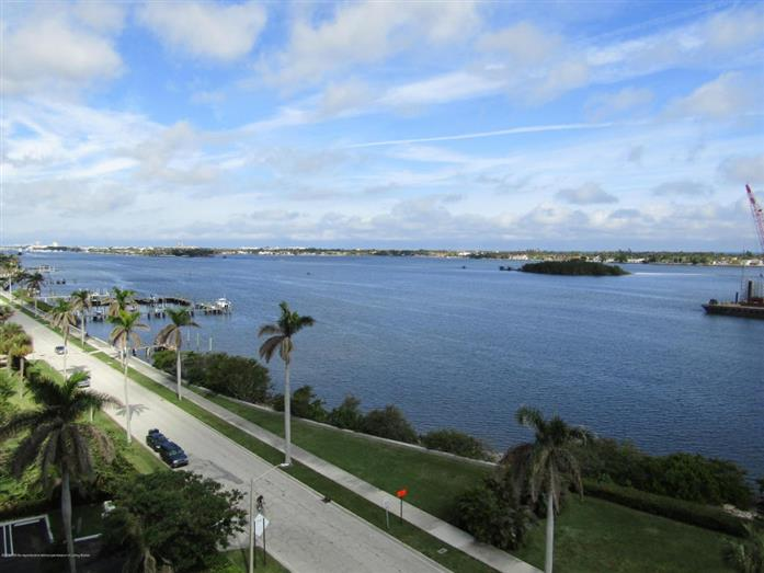 Address Not Disclosed, West Palm Beach, Florida, $679,000, Web #: 2000145211