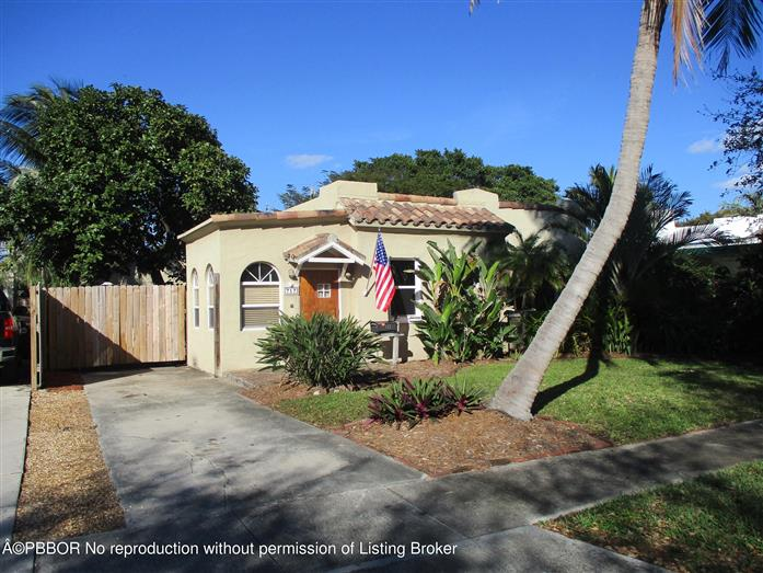 717 Colonial Road, West Palm Beach, Florida, $340,000, Web #: 2000296927