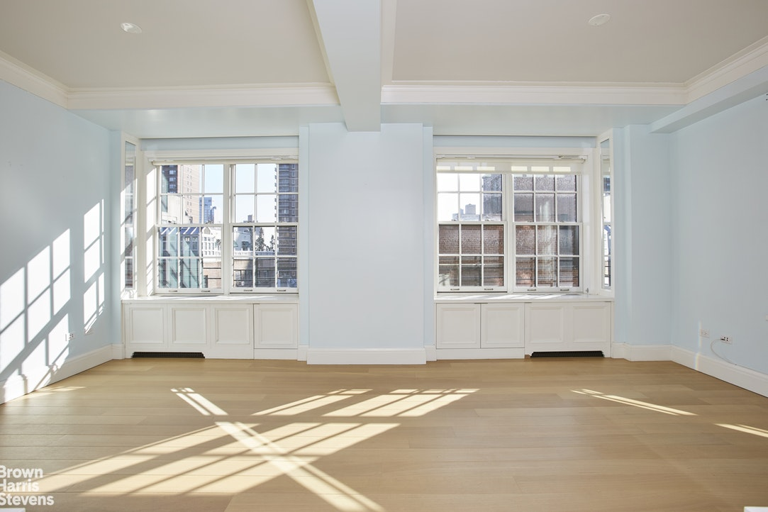 141 East 88th Street 8A, Upper East Side, NYC, $2,890,000, Web #: 20009156