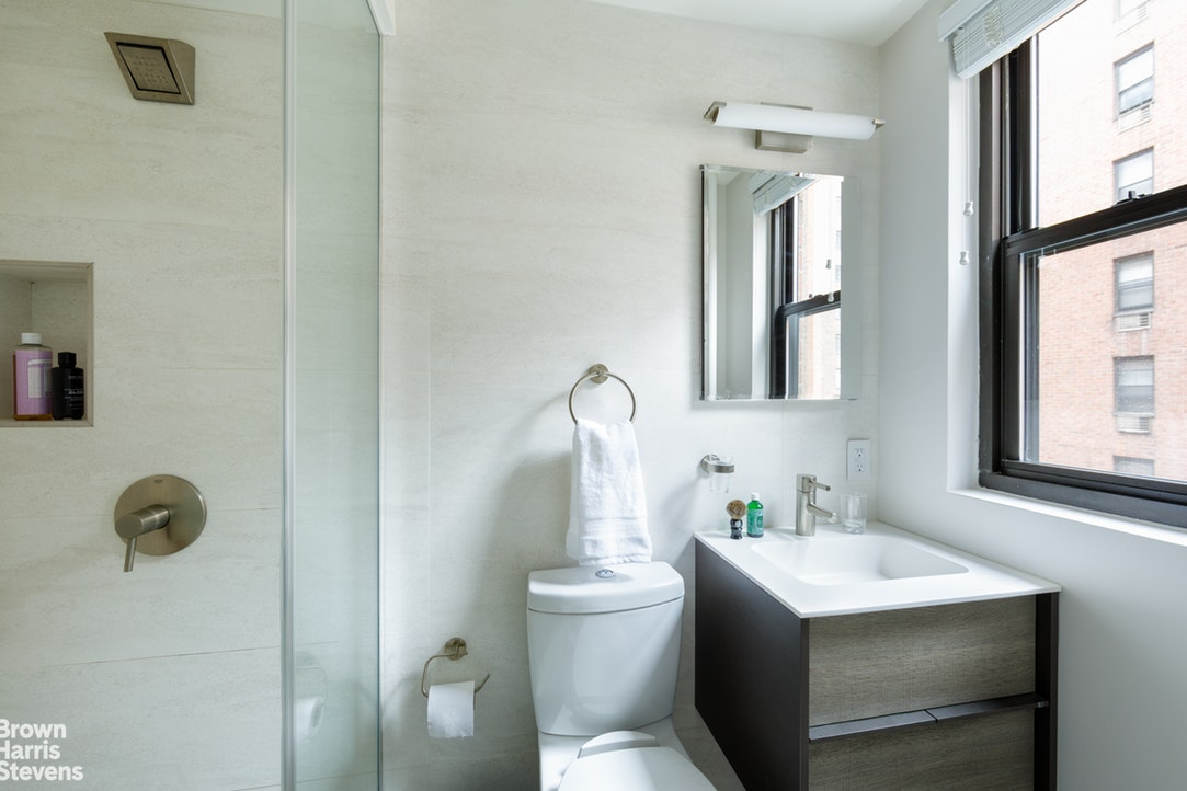2 Tudor City Place 7Bs, Midtown East, NYC, $1,300,000, Web #: 20035256