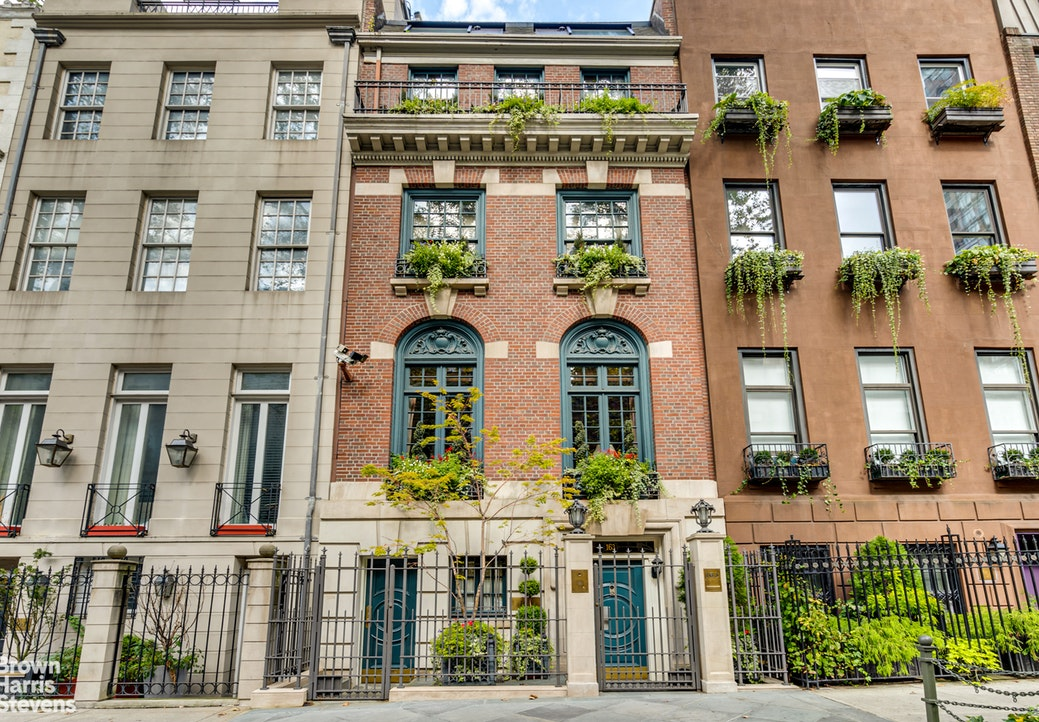 163 East 64th Street, Upper East Side, NYC, 10065, $19,750,000, Property For Sale, Halstead Real Estate, Photo 2