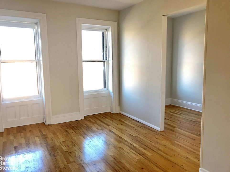 318 President Street 3, Brooklyn, New York, $2,995, Web #: 20038282
