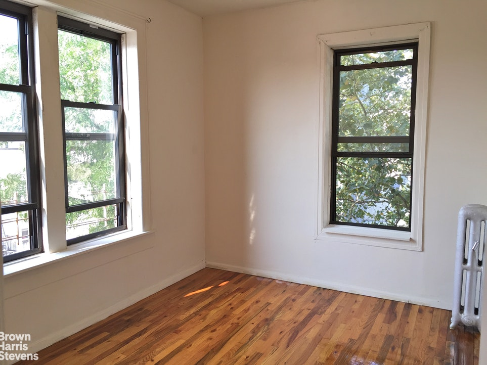 2 BR Apt. Pet Friendly Park Slope