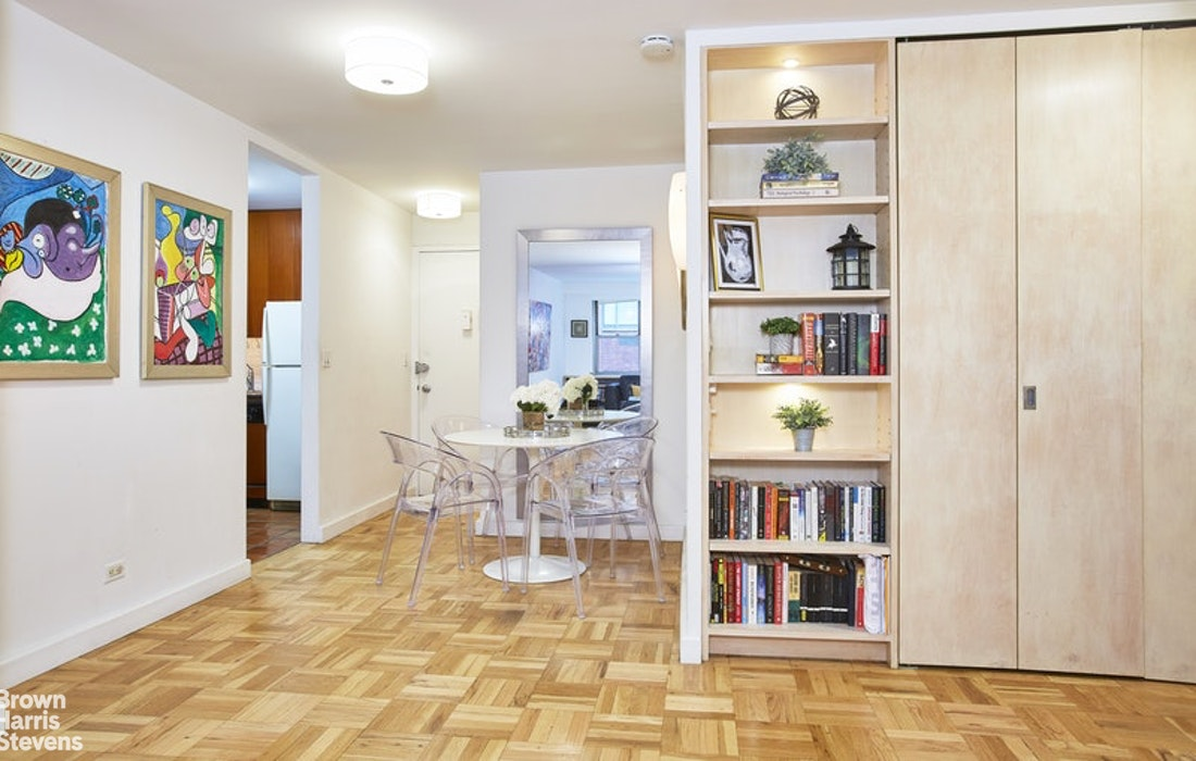 55 East 87th Street 3A, Upper East Side, NYC, $809,000, Web #: 20045064
