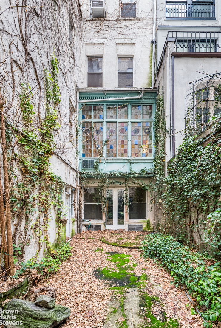 9 East 82nd Street, Upper East Side, NYC, $19,995,000, Web #: 20053081