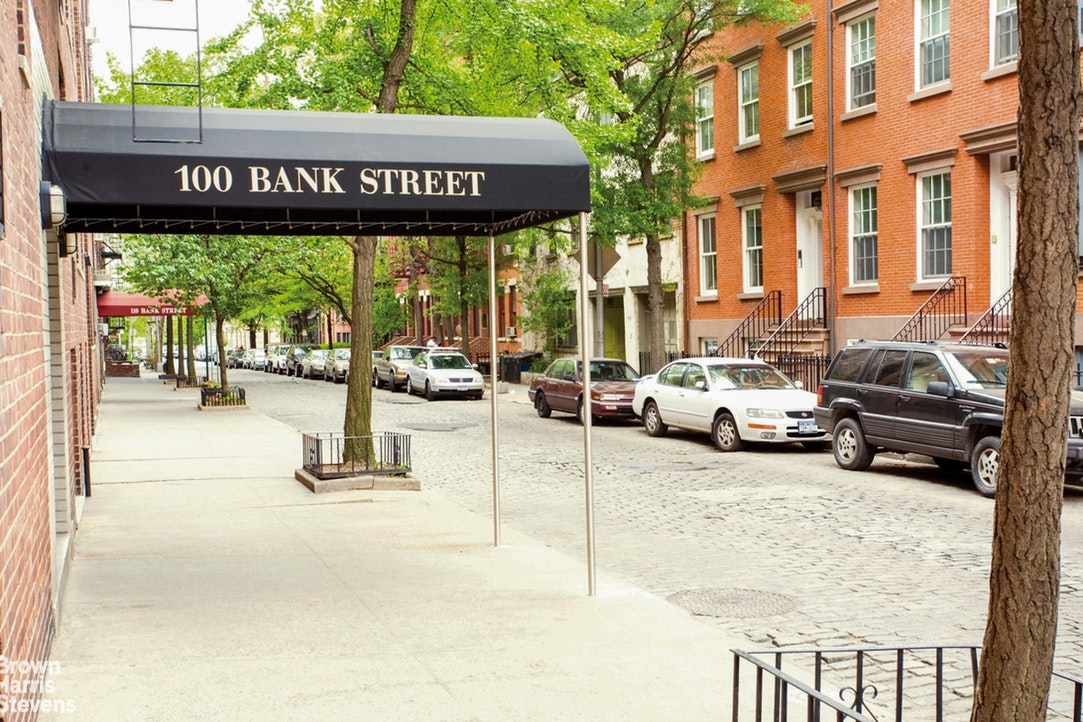 100 Bank Street 5Ef, West Village, NYC, $1,950,000, Web #: 20054215