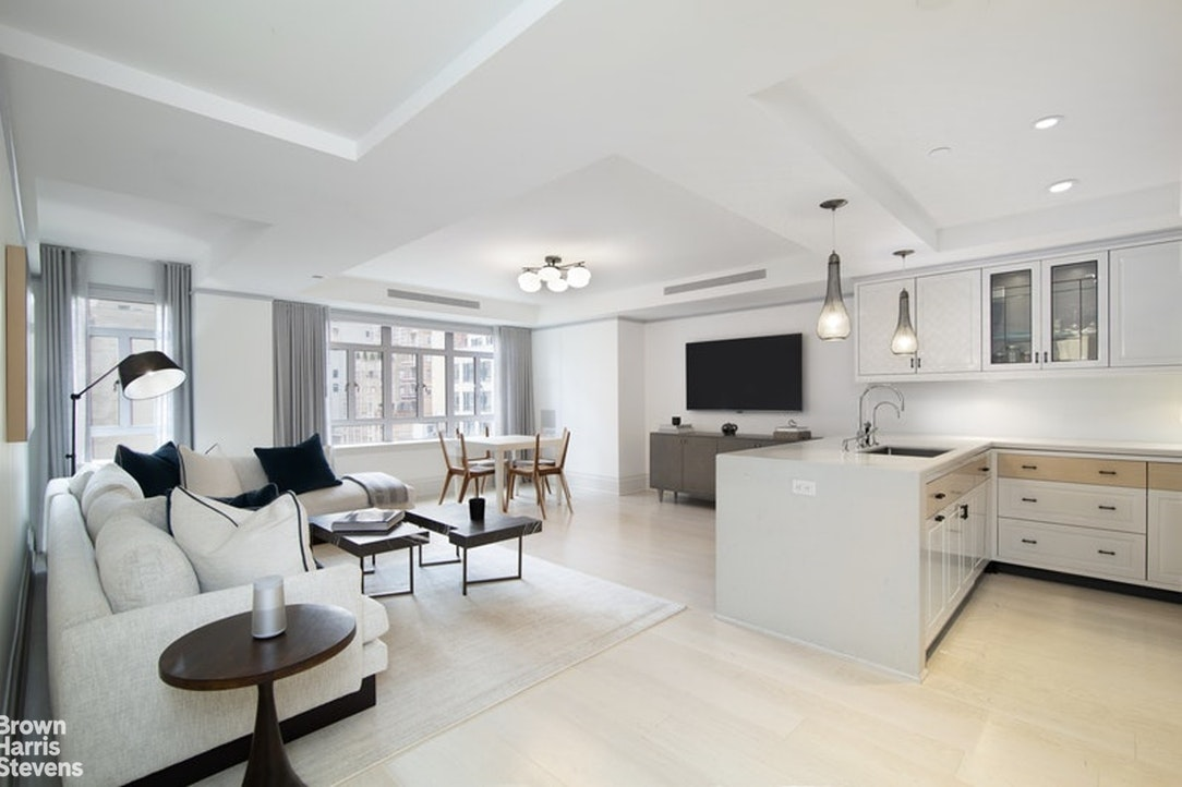 21 East 61st Street 9C, Upper East Side, NYC, $15,000, Web #: 20069641