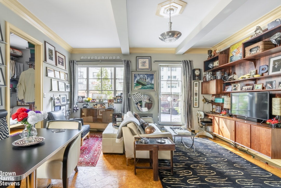 200 West 54th Street Phm, Midtown West, NYC, $1,450,000, Web #: 20070765