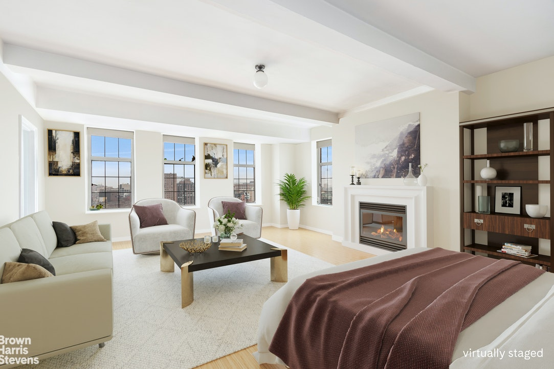 405 West 23rd Street 18C, Chelsea, NYC, $1,100,000, Web #: 20072478