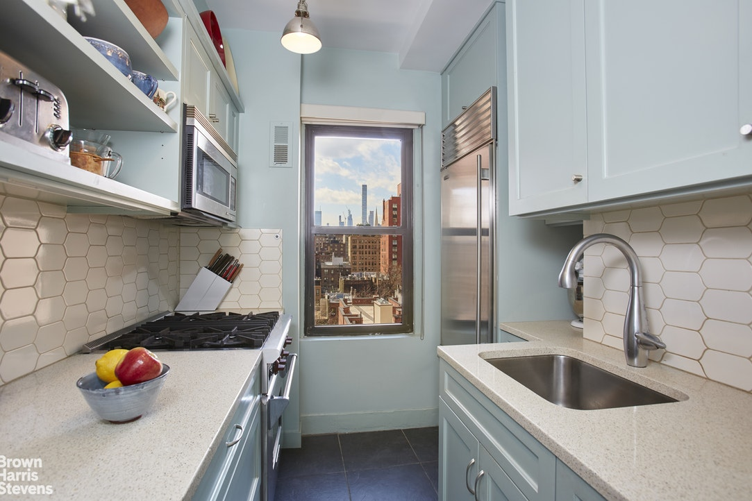 151 East 83rd Street 10C, Upper East Side, NYC, $1,395,000, Web #: 20074033