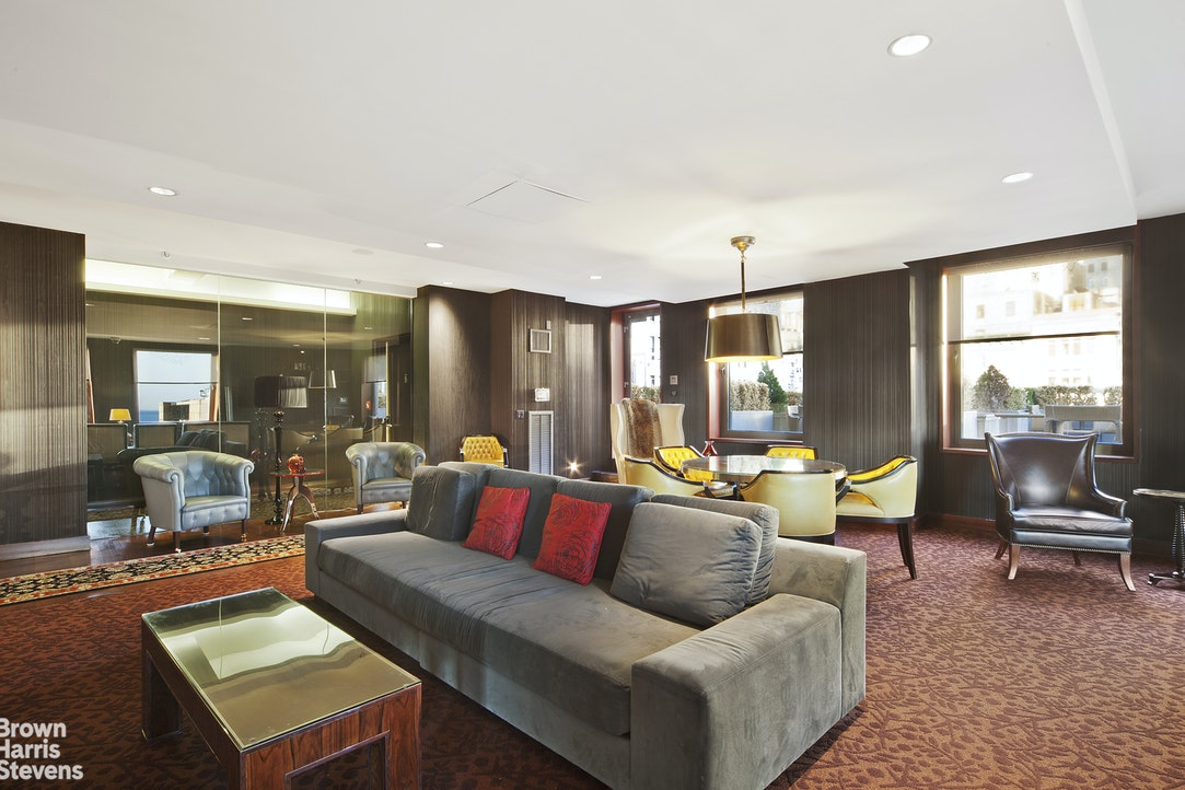 88 Greenwich Street 711, Financial District, NYC, $599,000, Web #: 20097755