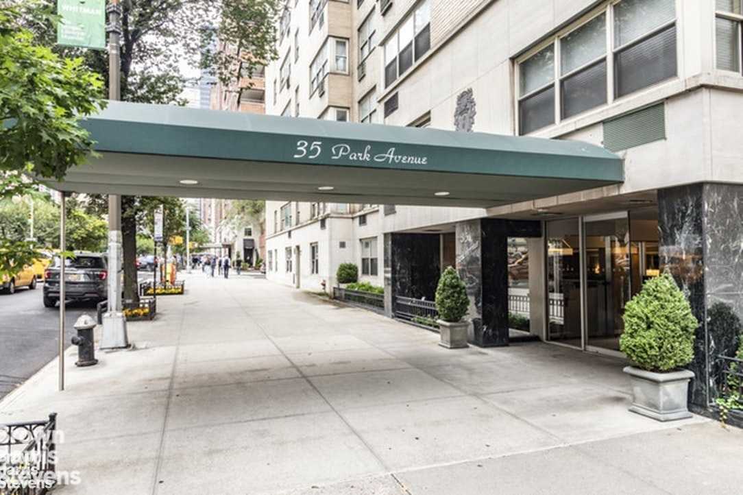 35 Park Avenue 16F, Murray Hill Kips Bay, NYC, $799,000, Web #: 20116115