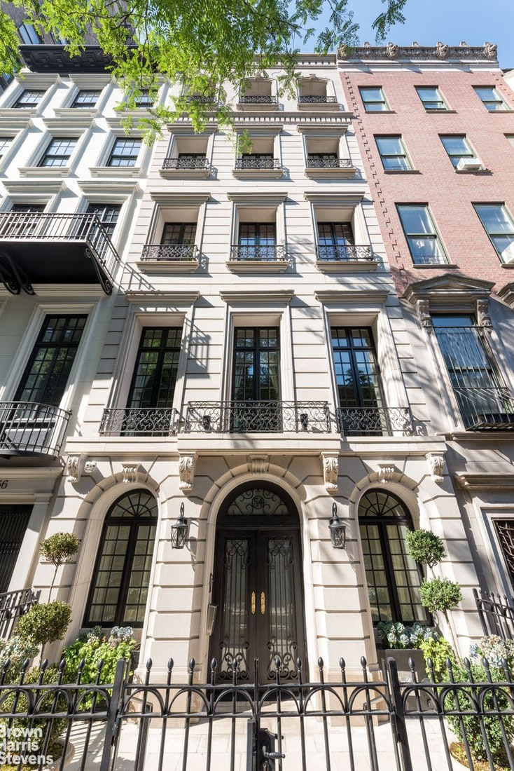 54 EAST 81ST STREET TOWNHOUSE