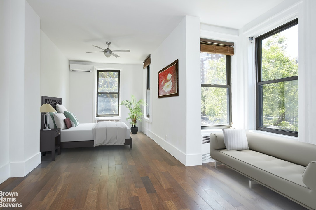 100 East 101st Street, Townhouse, Upper East Side, NYC, $10,500, Web #: 20137942
