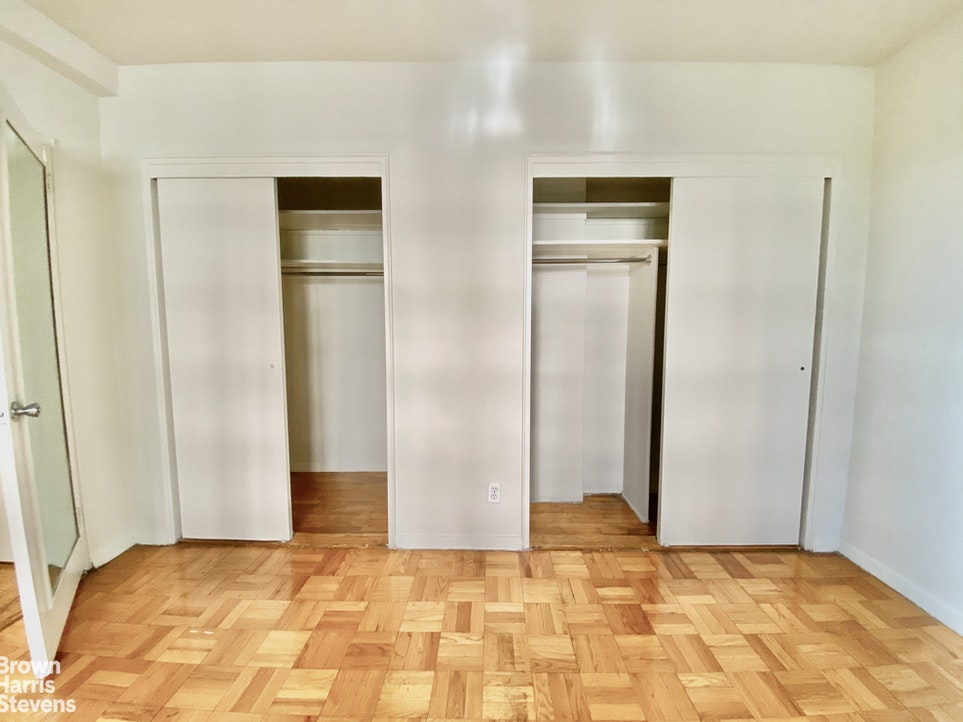 250 East 39th Street 4A, Midtown East, NYC, $3,200, Web #: 20139039