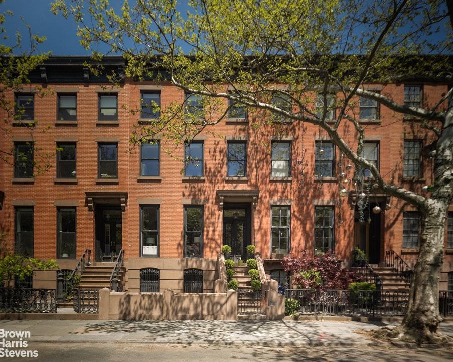 209 Dean Street TOWNHOUSE